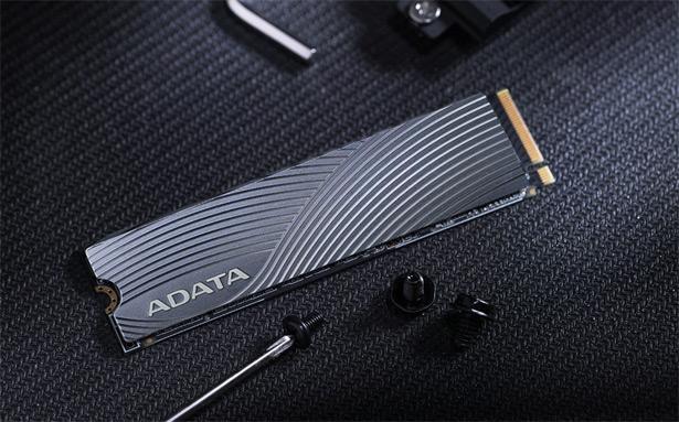 SSD-диск M2 NVMe серии ADATA Swordfish