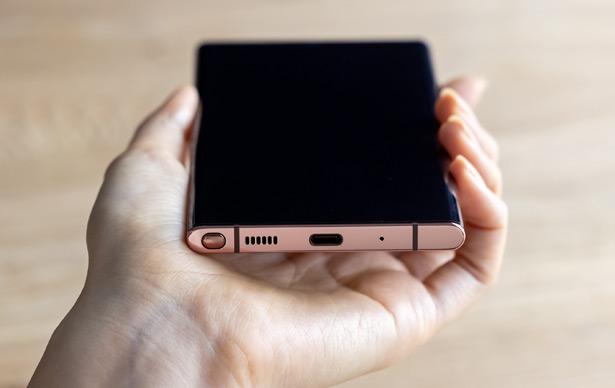 Смартфоны Samsung Galaxy Note20 и Note20 Ultra
