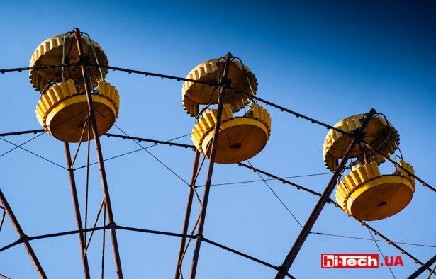 Колесо обозрения парке развлечений Припять