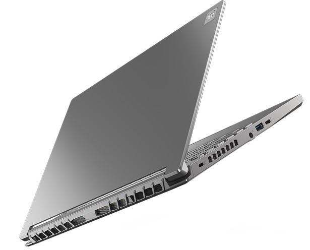 Acer Predator Triton 300 SE