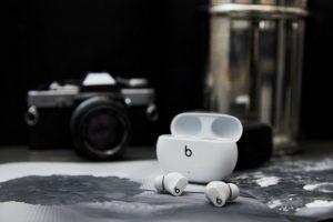 Анонсированы TWS-наушники Beats Studio Buds  c ANC, автономнсотью 24 часа и за $150