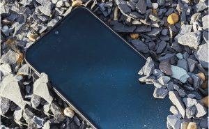 Motorola Defy 2021: ударопрочный смартфон с защитой от падений и IP68 за 325