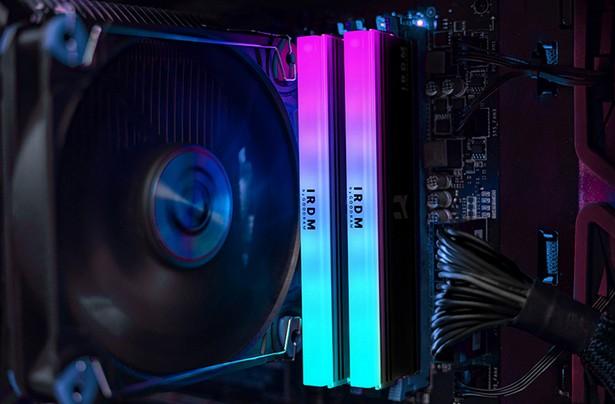 IRDM RGB DDR4